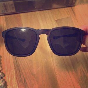Oakley unisex enduro sunglasses in tortoise